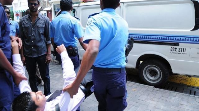 Police arrests Sun journalist
